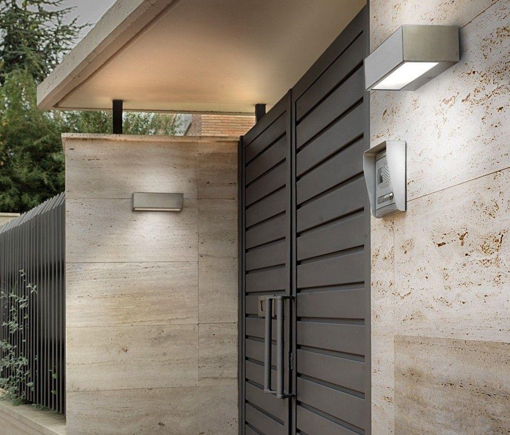 Iluminacion iluminacion exterior para jardin y fachadas for Iluminacion exterior jardin diseno