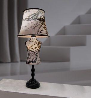 lamparas de mesa con forma de maniquí