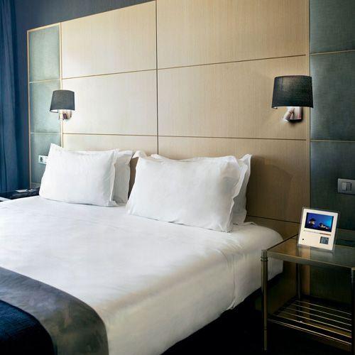 Apliques para el cabecero de la cama ilumina tus lecturas - Apliques pared dormitorio ...