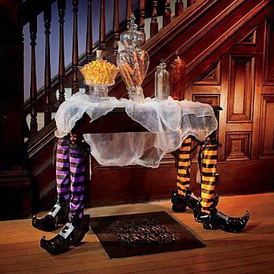 Ideas para decorar tu casa en halloween lamparas sevilla for Decoracion mesa halloween