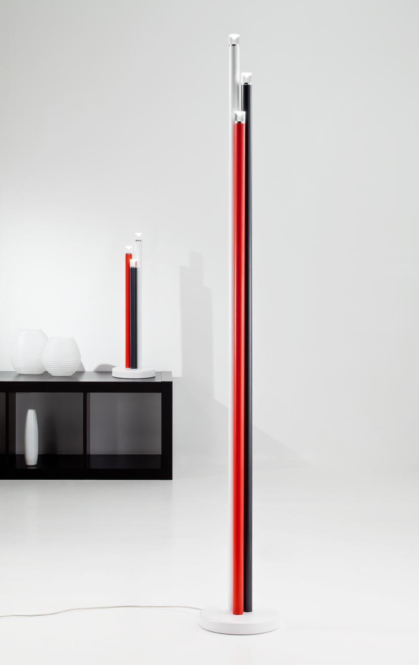 Lámpara de pie de diseño roja