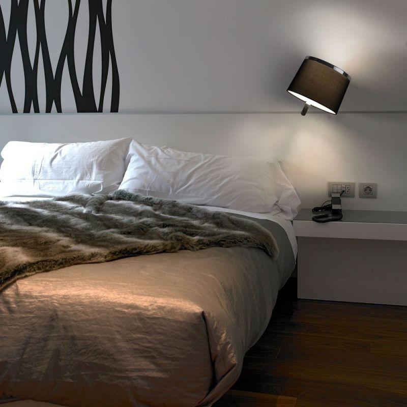Pistas para iluminar tu dormitorio con estilo lamparas - Lampara lectura cama ...