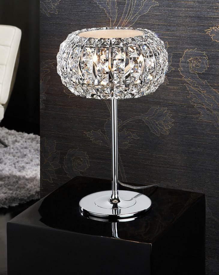 Lamparas de mesa de salon latest trendy lamparas modernas for Lampara mesa salon