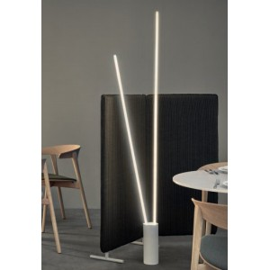 Lámpara de Pie Vertical